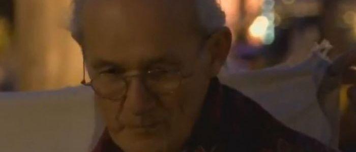 vater-von-julian-assange-spricht-vor-dem-brandenburger-tor