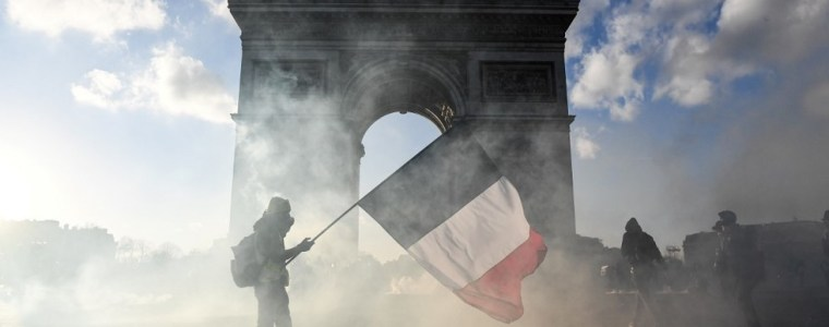 fizzled-out-rebels-or-agents-of-change?-france's-year-of-yellow-vests-protests
