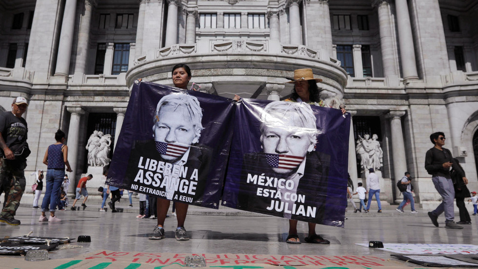 us-abuses-justice-systems-to-target-its-enemies,-like-it-did-with-huawei-–-assange's-father