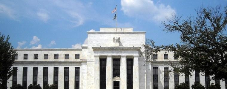 federal-reserve-pompt-in-vier-maanden-$400-miljard-in-de-markt-–-geotrendlines