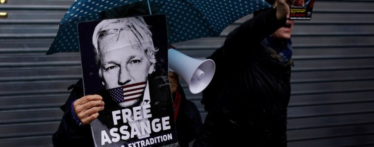 assange's-us-extradition-hearing-begins:-what's-it-all-about-and-how-did-we-get-here?