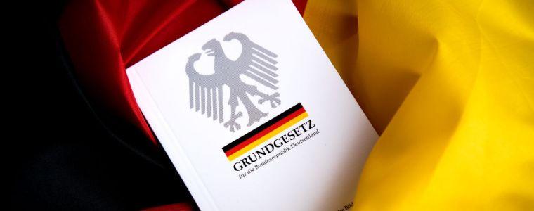 standpunkte-•-der-verfassungsnotstand- -kenfm.de