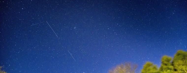 musk's-swarm-of-starlink-microsatellites-to-light-up-uk-skies-this-weekend