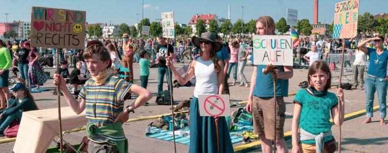 corona-demo's:-een-blik-op-de-mentale-toestand-van-de-media…-|-kenfm.de