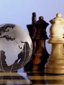 hoe-de-twee-grote-mogendheden-vrede-kunnen-stichten-in-het-grote-midden-oosten,-door-thierry-meyssan