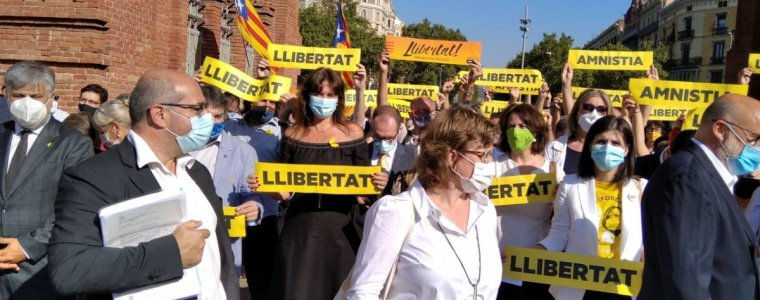 spanien-sperrt-mit-erfundenen-anschuldigungen-unliebsame-politiker-weg