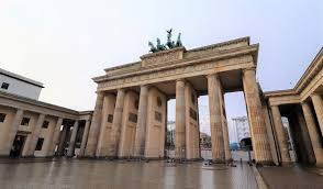 reis-naar-berlijn-via-de-organisatie-'honk-for-hope'-–-viruswaarheid