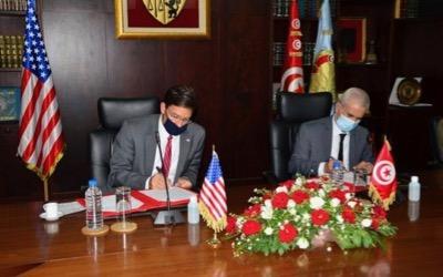 tunesien,-rucksitz-des-pentagon-in-libyen