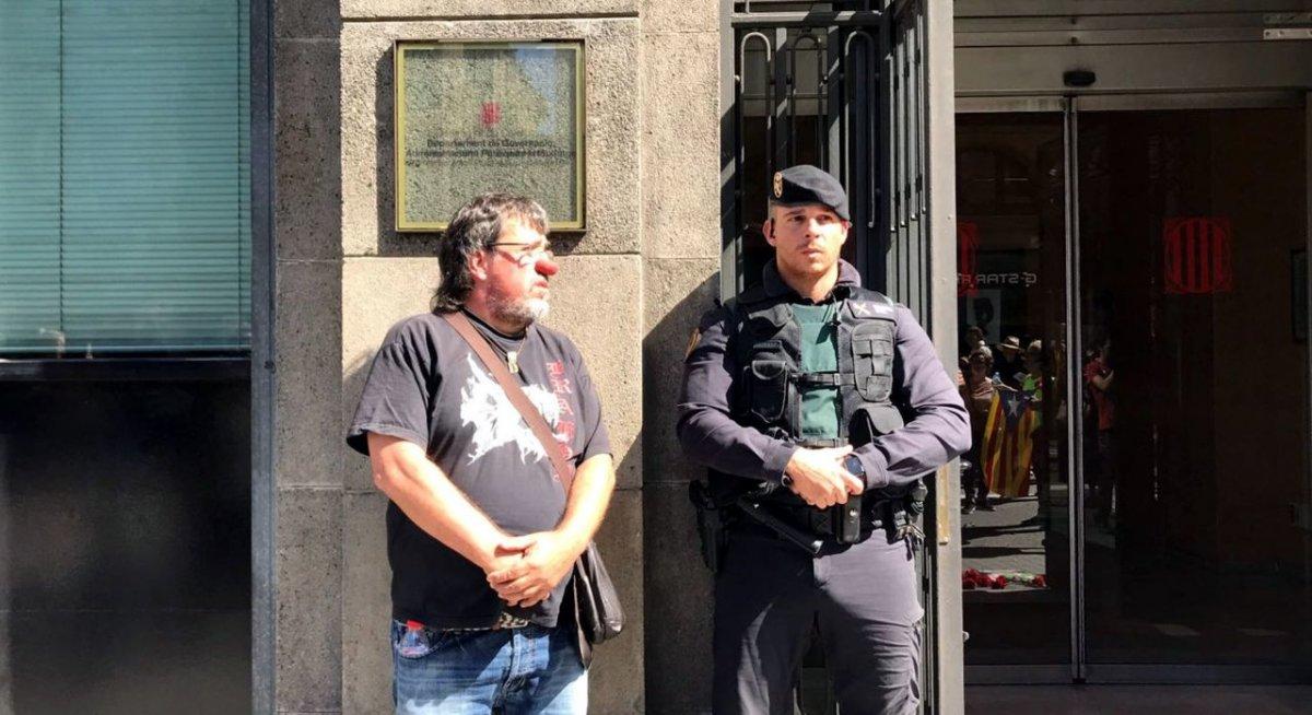 spanien-sieht-uberall-terroristen-und-prugelt-friedliche-protestler