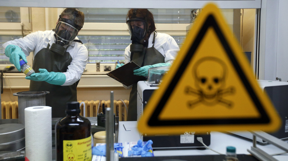 'western-brand':-more-than-20-nations-possess-over-140-'novichok'-type-substances,-russian-foreign-ministry-says