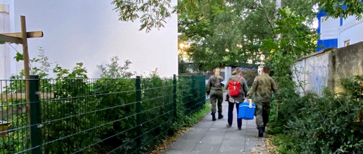 wat-doet-de-bundeswehr-op-de-kleuterschool?-|-door-bernhard-loyen-|-kenfm.de