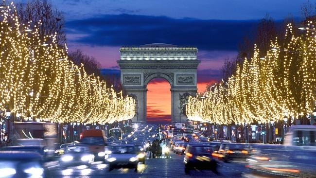"""paris-health-official-urges-""""cancel-christmas-&-new-year's""""-as-virus-ravages-europe"""