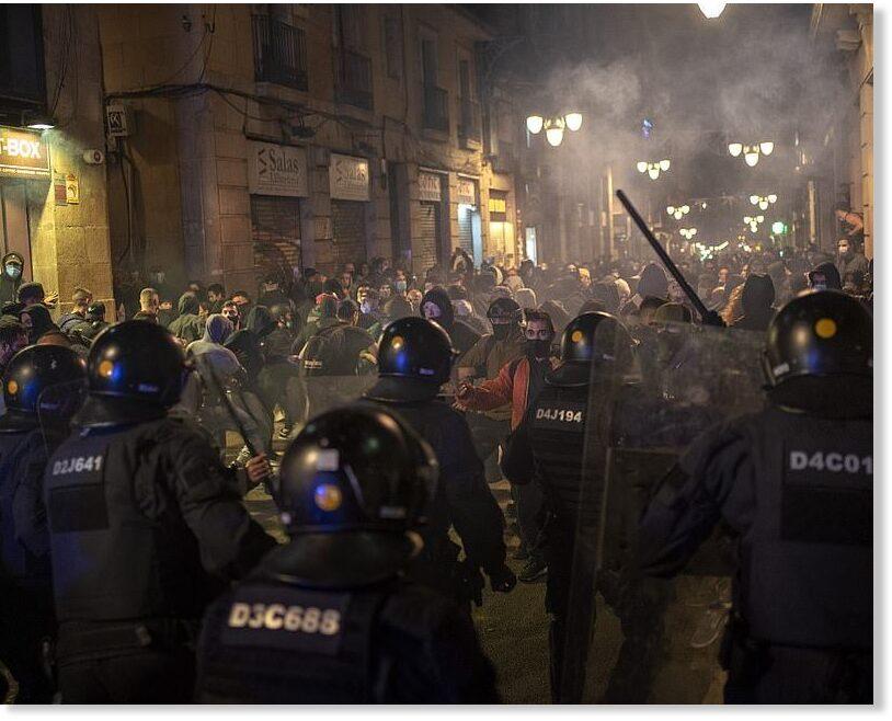 anti-lockdown-protesten-in-heel-europa(en-nederland-slaapt…)