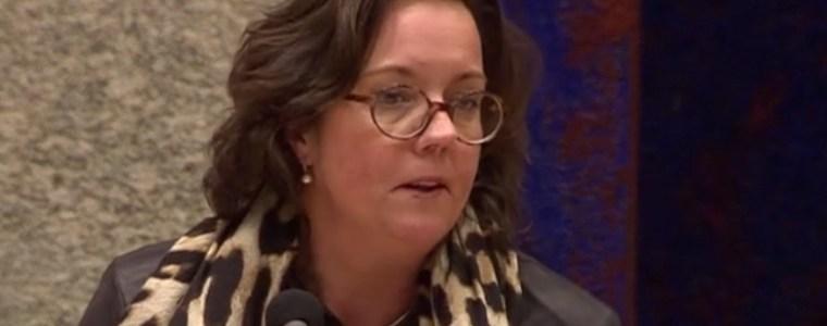 minister-van-ark-'liegt-volk-voor-en-moet-onmiddellijk-opstappen'