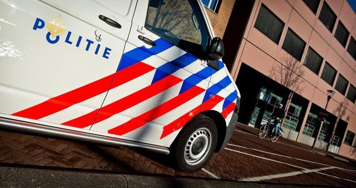 'relschoppers'-die-politiebusje-stelen-blijken-agenten-in-spe