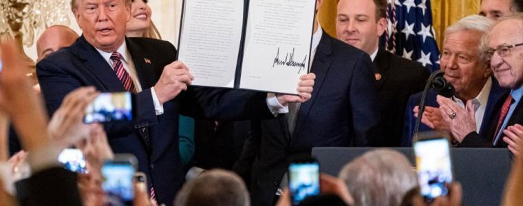 trump's-unpardonable-pardons