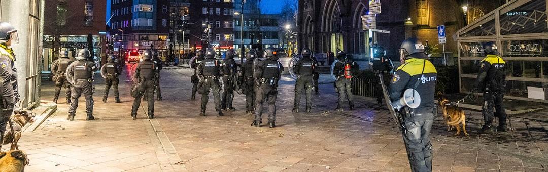 waarom-mocht-de-demonstratie-tegen-poetin-in-amsterdam-wel-doorgaan?