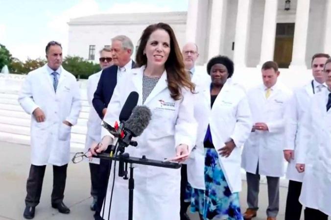 verbannen-van-youtube:-dr.-simone-gold-deelt-de-waarheid-over-de-covid-19-vaccins-–-frontnieuws