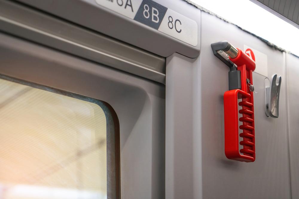 unterm-hammer:-rot-rot-grun-treibt-den-ausverkauf-der-berliner-s-bahn-voran