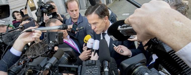 vlak-voor-de-verkiezingen-jast-het-kabinet-er-nog-even-een-cheque-van-100-miljard-euro-door