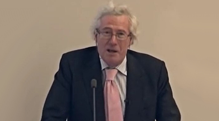 britse-oud-rechter-hooggerechtshof-waarschuwt-dat-corona-maatregelen-nog-10-jaar-duren-–-xandernieuws