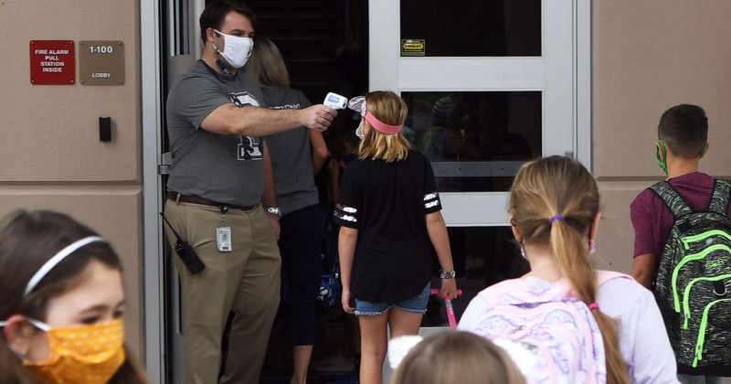 """students-at-florida-high-school-warned-they-will-be-""""re-educated""""-if-caught-not-wearing-a-mask"""