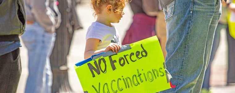 oostenrijkse-en-duitse-artsen-in-opstand-tegen-covid-19-inentingen-kinderen-–-frontnieuws