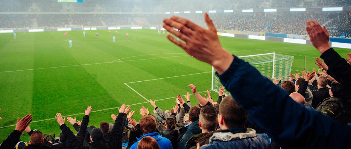 warum-hat-merkel-angst-vor-vollen-(fussball-)stadien?-|-von-peter-haisenko-|-kenfm.de