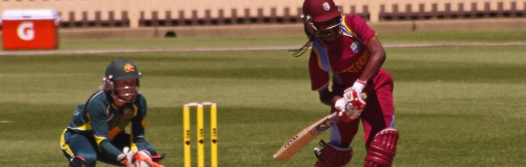 kijk:-twee-gevaccineerde-cricketspelers-zakken-in-elkaar-en-krijgen-stuiptrekkingen