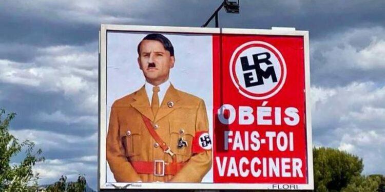frankreich:-werbeplakat-das-macron-mit-hitler-gleichstellt-erregt-aufmerksamkeit!- -uncut-news.ch