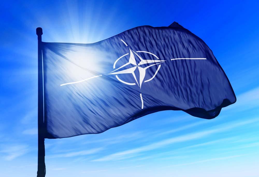 """de-""""inzet-voor-de-navo""""-en-de-hypocrisie-rond-oorlog-en-coalities"""