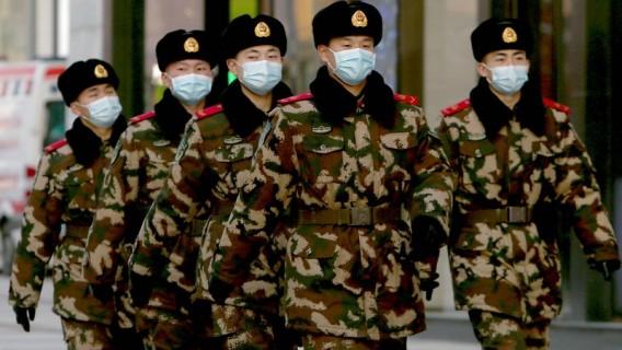 china's-corona-schijnbeweging-en-het-bedrogen-westen:-gemaskerd-bal-van-lafheid