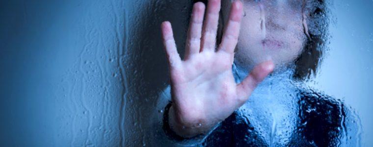 de-pandemie-heeft-een-lawine-van-geestelijke-gezondheidsproblemen-veroorzaakt-bij-kinderen-en-jongeren-–-en-zij-kunnen-nergens-heen