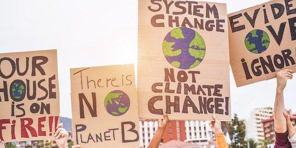 """wereldwijde-economische-chaos?-blackrock-en-citi-stappen-op-de-""""klimaattrein"""""""