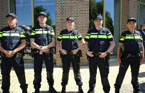staat-de-politie-straks-ook-bij-u-aan-de-deur?-–-cafe-weltschmerz