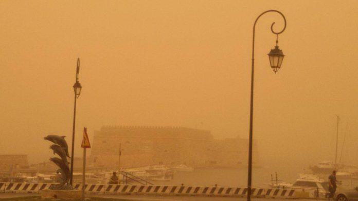 Crete atmosphere clears but particulate concentration remains high