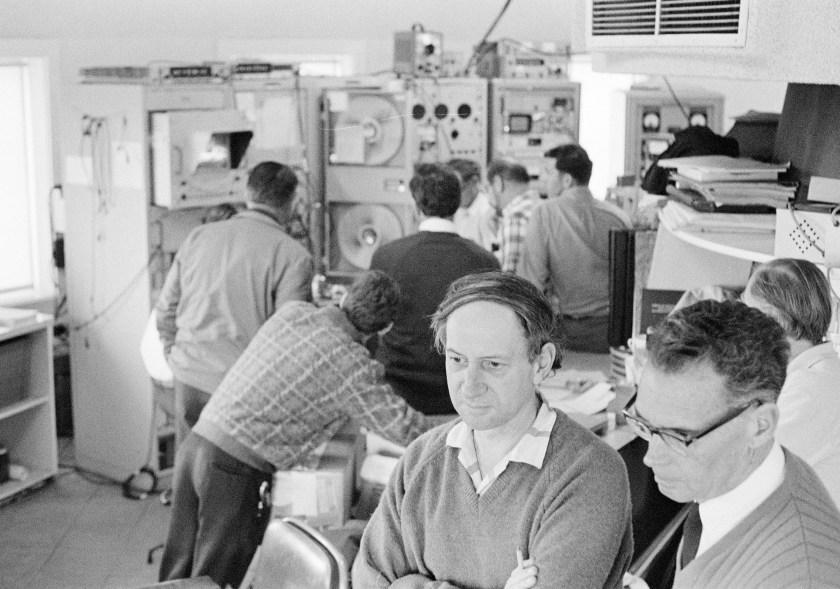 Parkes staff watch the moon landing.