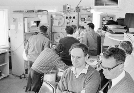 Parkes staff watch the moon landing - monitor visible