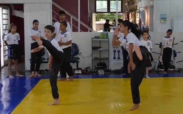 Traga seu Filho! Descubra como o Kung Fu melhora o desenvolvimento físico e mental !!!! ·····#limeirajobs #limeiraemfotos #limeiracolorida #educaçãoinfantil #criança #educacaoinfantil #kungfu #limeira #infantil #martialarts #limeirasp #maedemenina #kungfumaster #kids #wingchun #limeiracity #kungfufighting #limeirando #kungfupanda #limeiratem #maedemenino #kungfulife #limeiracapitaldajoiafolheada #kungfumovies #fitness #kungfulimeira #limeirakungfu