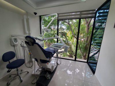 Sani Dental Group Chair