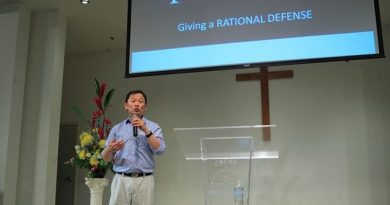 Dr. William Soo Hoo, scientist and immunologist, defending Christianity