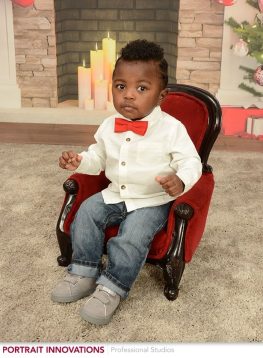holiday family pictures, holiday family pictures outfit, holiday family photos, Christmas family pictures, Christmas family pictures outfit, holiday picture outfit, holiday picture ideas, holiday pictures with baby, holiday photoshoot
