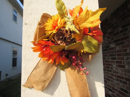 fall wreaths for front door, fall wreaths for diy, fall wreath ideas, front door ideas, front door decor, front door ideas entrance, fall decor ideas, fall decor ideas for the porch. fall decor ideas for the home, fall decor ideas diy, fall decor budget, budget fall decor ideas, budget fall decor porch ideas, fall decorations for home