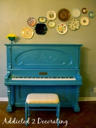 10 pretty painted pianos piano painting a pop of for Addicted to decorating