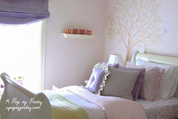 little girl room Victorian style