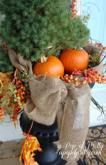 Outdoor Fall decorating