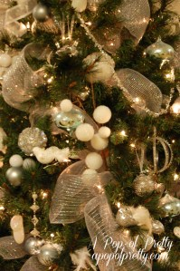 White and blue Christmas tree decor