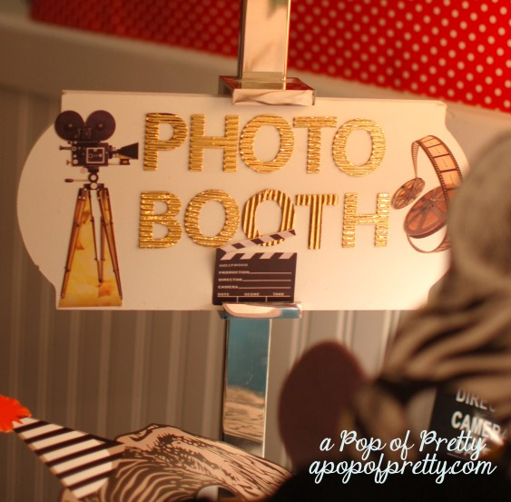 diy photo booth sign