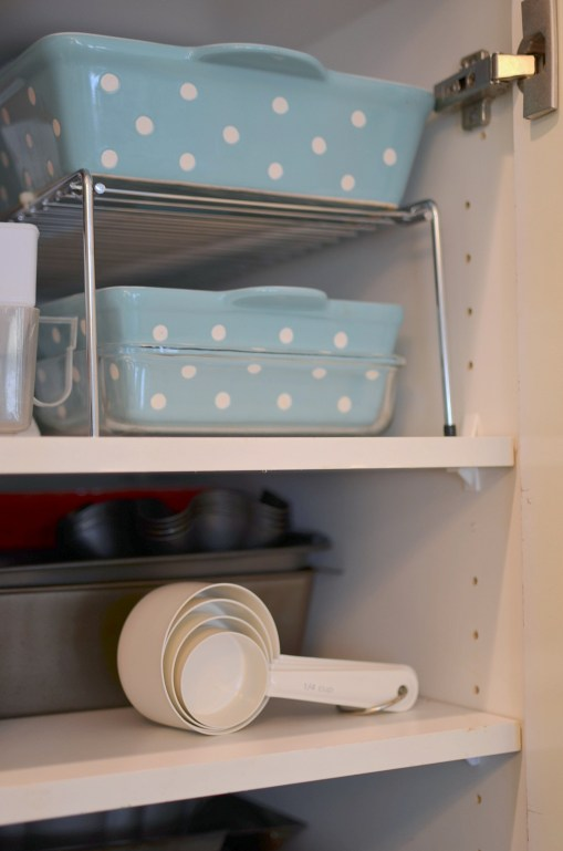kitchen storage tips - casserole dishes