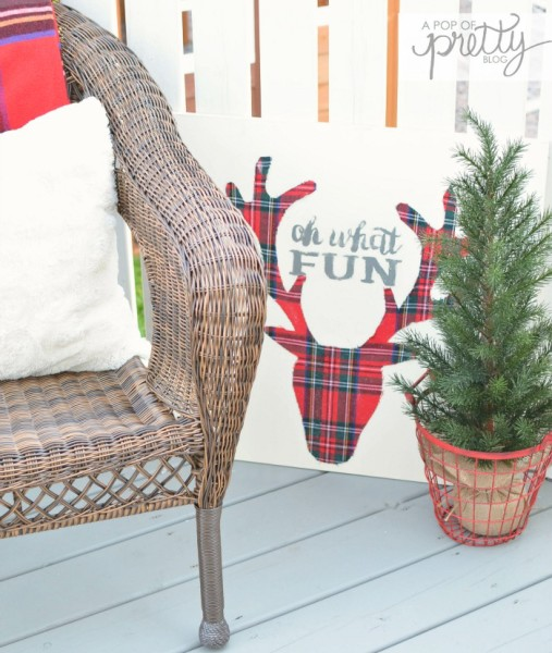 DIY Plaid deer head sign Behr
